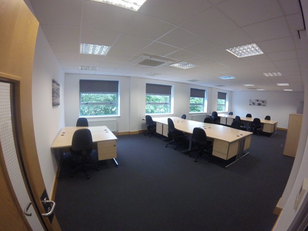 14-15 Person Office To Let